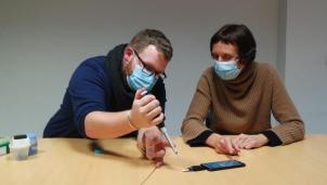 CorDial-IT có thể phân tích tại chỗ các ca nghi nhiễm COVID-19 trên smartphone