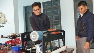 Robot của học sinh Trần Viết Lân có thể nghiên cứu được địa chất thủy văn