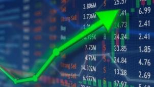Thị trường chứng khoán 1/3: VN-Index áp sát mốc 1.180 điểm
