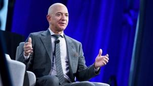 Tỉ phú Jeff Bezos thông báo sẽ từ chức CEO Amazon