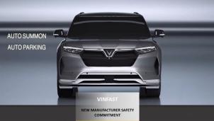 """ASEAN NCAP trao giải """"Hãng xe có cam kết cao về an toàn"""" cho VinFast"""