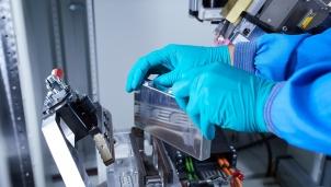 Pin lithium chìa khóa thành công của thị trường xe điện trong tương lai