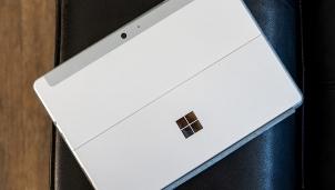Đánh giá chi tiết sản phẩm Microsoft Surface Go 2